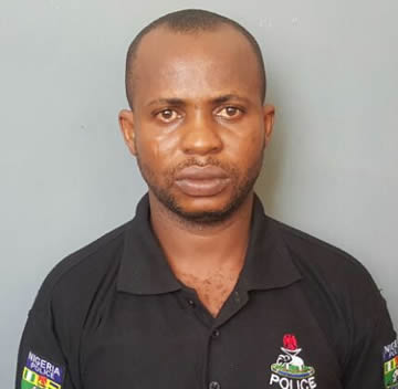 See Fake Policeman that makes N10,000 every two hours